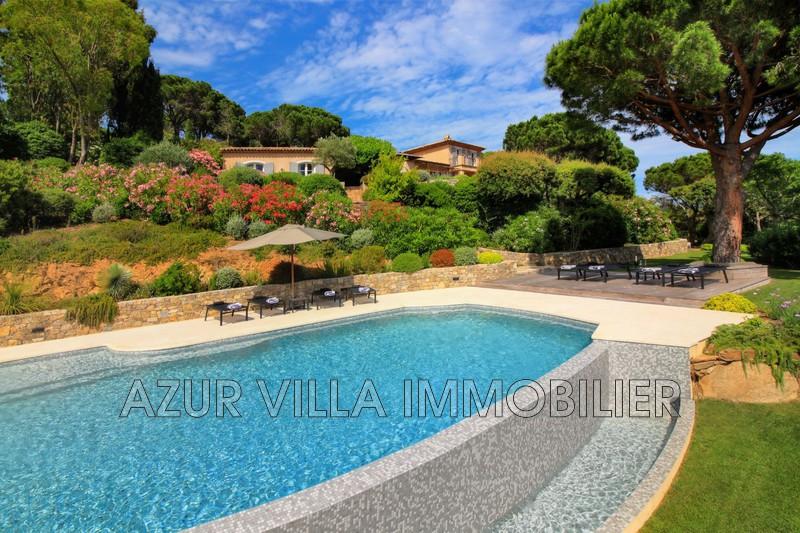 Photo Villa La Croix-Valmer Proche plages,  Location saisonnière villa  7 chambres   340m²