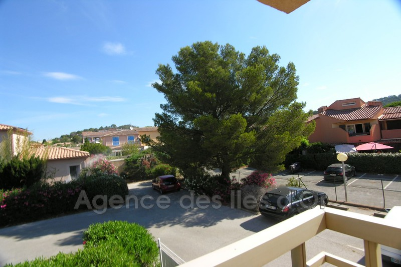 Photo n°1 - Vente appartement La Londe-les-Maures 83250 - 139 000 €