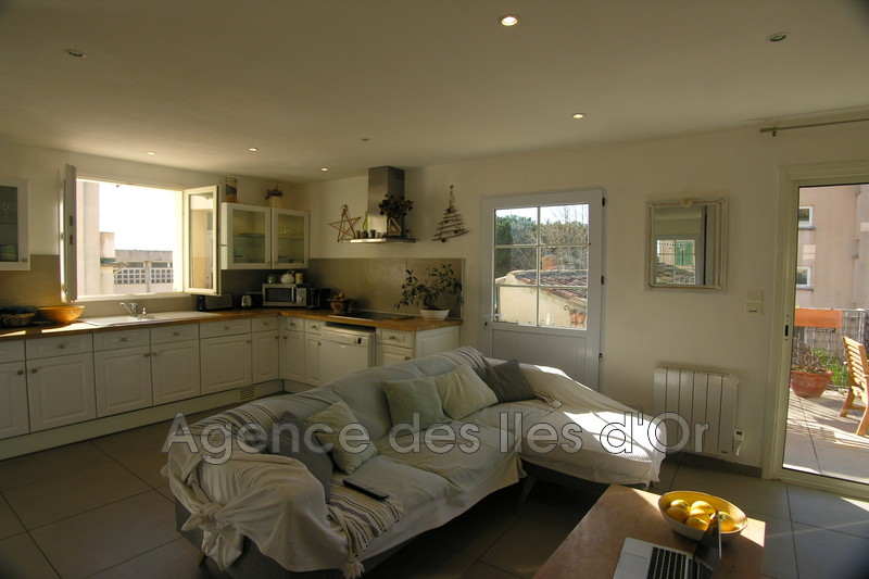 Photo n°1 - Vente appartement La Londe-les-Maures 83250 - 296 000 €
