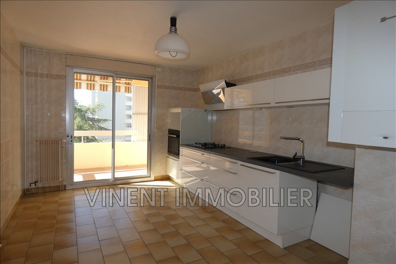 Photo Apartment Montélimar  Rentals apartment  5 rooms   133 m²