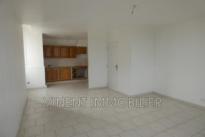 Photo Appartement Cruas  Location appartement  2 pièces   53 m²