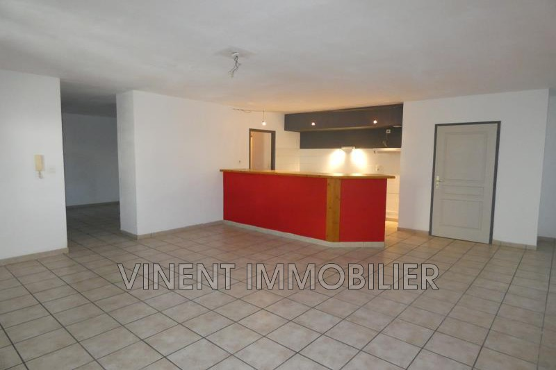 Photo Apartment Montélimar  Rentals apartment  6 rooms   120 m²