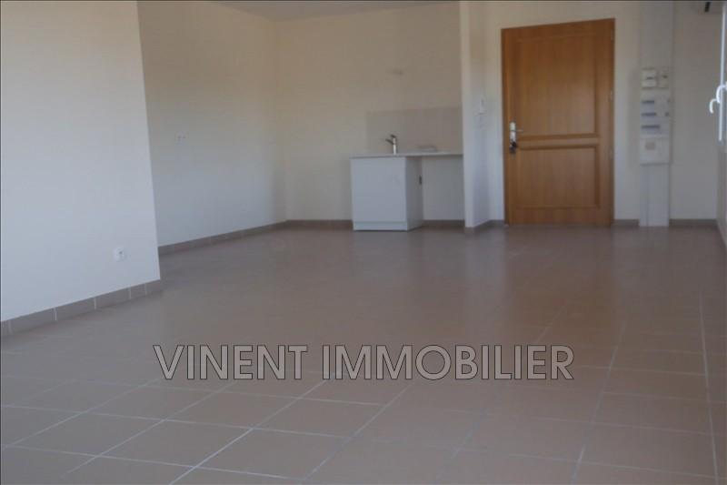 Photo Appartement Châteauneuf-du-Rhône  Location appartement  3 pièces   70m²