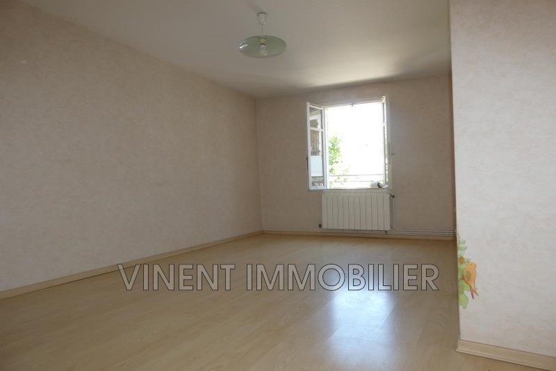 Photo Appartement Montélimar  Location appartement  2 pièces   50 m²