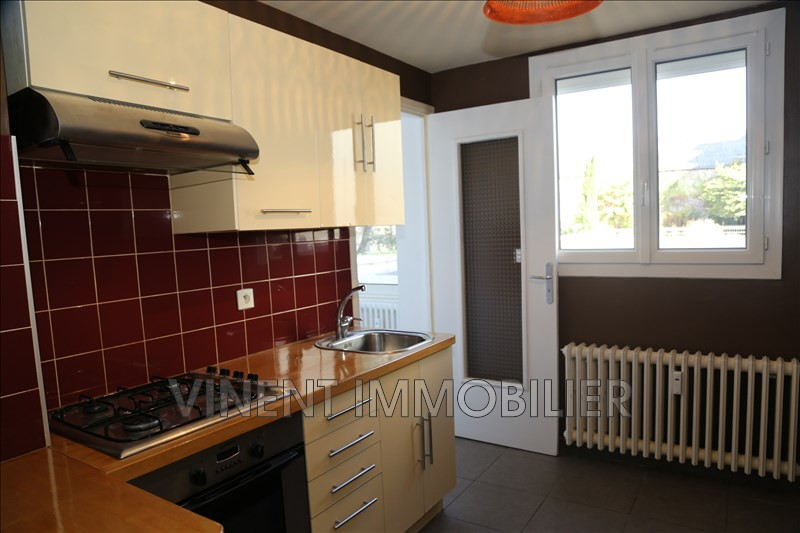 Photo Apartment Montélimar  Rentals apartment  3 rooms   70 m²
