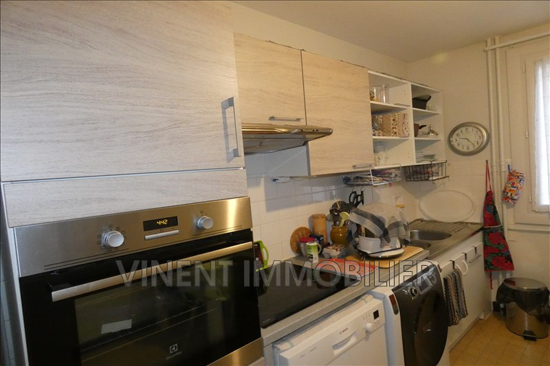 Photo Apartment Montélimar  Rentals apartment  3 rooms   65 m²