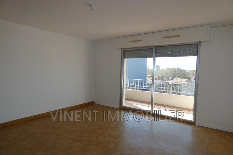Photo Apartment Montélimar  Rentals apartment  3 rooms   68 m²