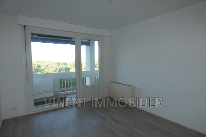 Photo Apartment Montélimar  Rentals apartment  4 rooms   81 m²