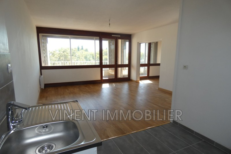 Photo Apartment Montélimar  Rentals apartment  3 rooms   58 m²