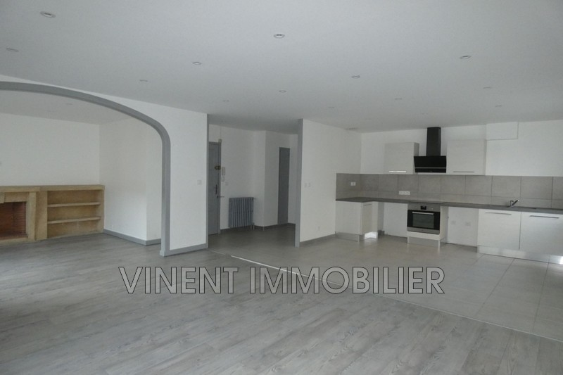 Photo Apartment Montélimar  Rentals apartment  4 rooms   100 m²