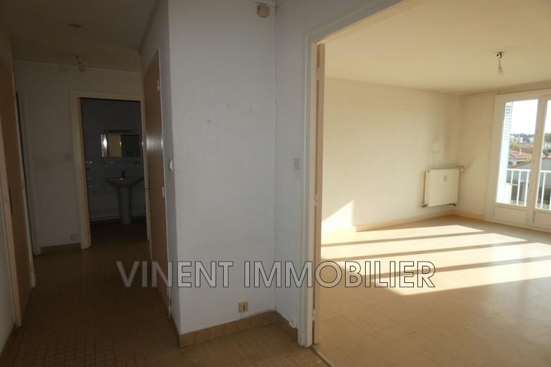 Photo Appartement Montélimar  Location appartement  4 pièces   71m²