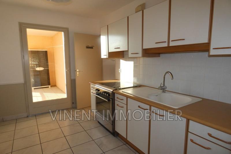 Photo Appartement Montélimar  Location appartement  3 pièces   71m²