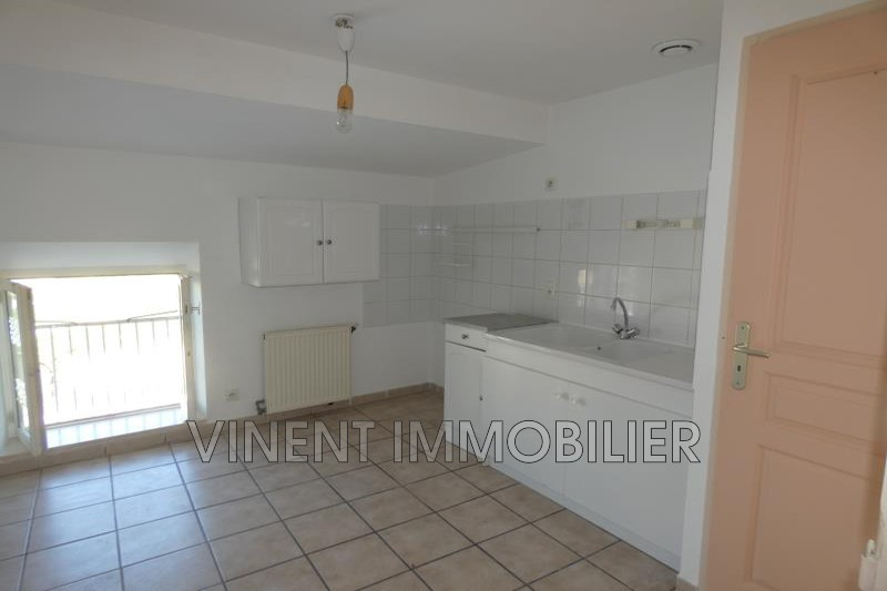 Photo Appartement Montélimar  Location appartement  3 pièces   68 m²