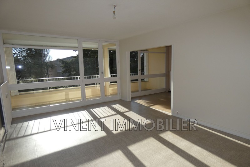 Photo Apartment Montélimar  Rentals apartment  3 rooms   72 m²