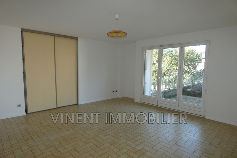 Photo Apartment Montélimar  Rentals apartment  3 rooms   71 m²