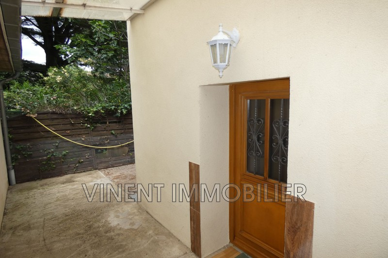 Photo Appartement Montélimar  Location appartement  1 pièce   25m²