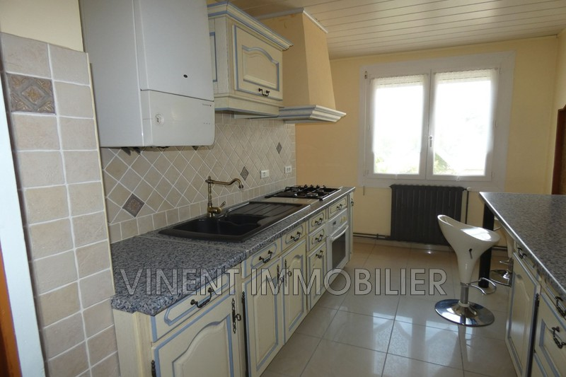 Photo Apartment Montélimar  Rentals apartment  5 rooms   79 m²