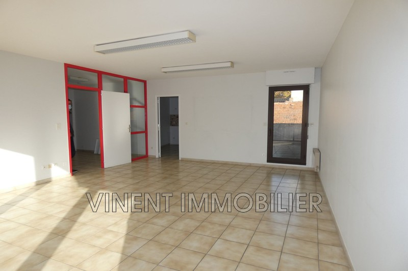 Photo Appartement Montélimar  Location appartement  3 pièces   82 m²