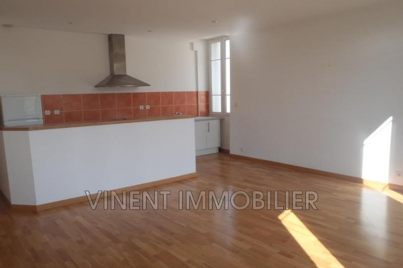 Photo Appartement Montélimar Centre ville,  Location appartement  3 pièces   80 m²