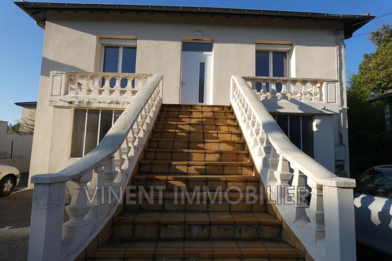Photo Appartement Montélimar  Location appartement  4 pièces   79m²