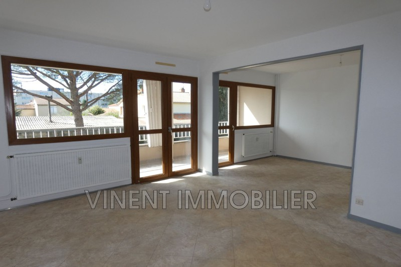 Photo Appartement Montélimar  Location appartement  2 pièces   53m²