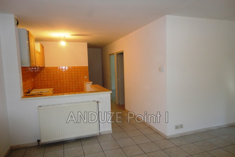 Photo Appartement Anduze  Location appartement  3 pièces   63 m²