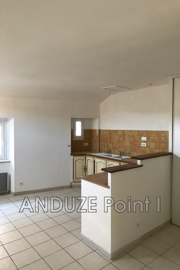 Photo Appartement Anduze  Location appartement  4 pièces   91 m²