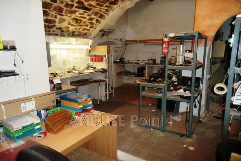 Photo  Anduze  Professionnel    112 m²