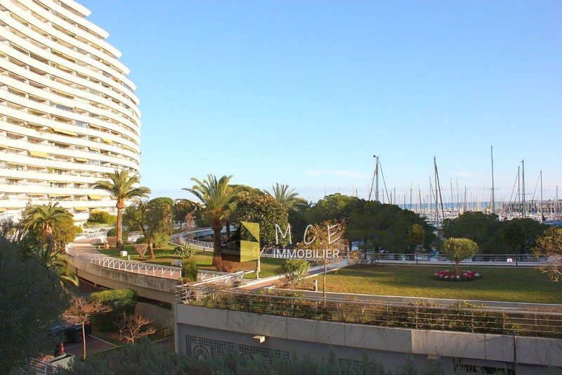 Photo n°2 - Vente appartement Villeneuve-Loubet 06270 - 495 000 €