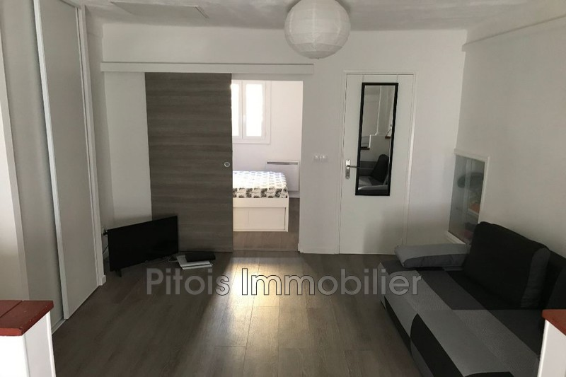 appartement  2 rooms  Antibes Commerces  29m² -