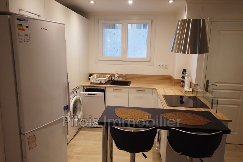 appartement  3 rooms  Juan-les-Pins Downtown  52 m² -