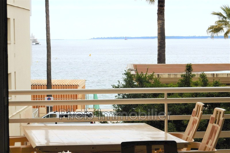 appartement  4 rooms  Juan-les-Pins Seaside  68m² -