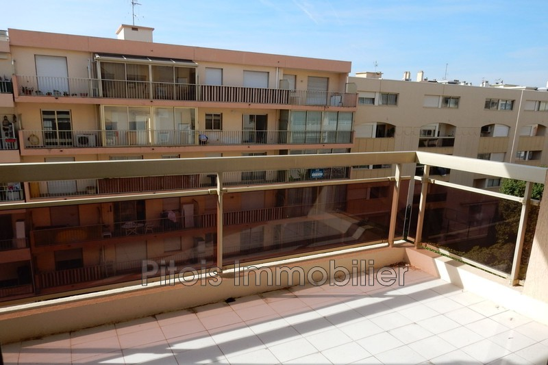 appartement  3 rooms  Juan-les-Pins Close ti the beaches  51 m² -