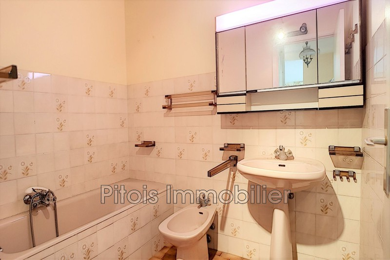 Photo n°5 - Vente appartement Juan-les-Pins 06160 - 221 000 €