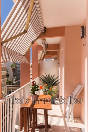 appartement  3 rooms  Juan-les-Pins Close ti the beaches  56 m² -