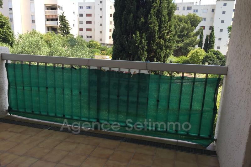 Photo n°2 - Location appartement Toulon 83200 - 740 €