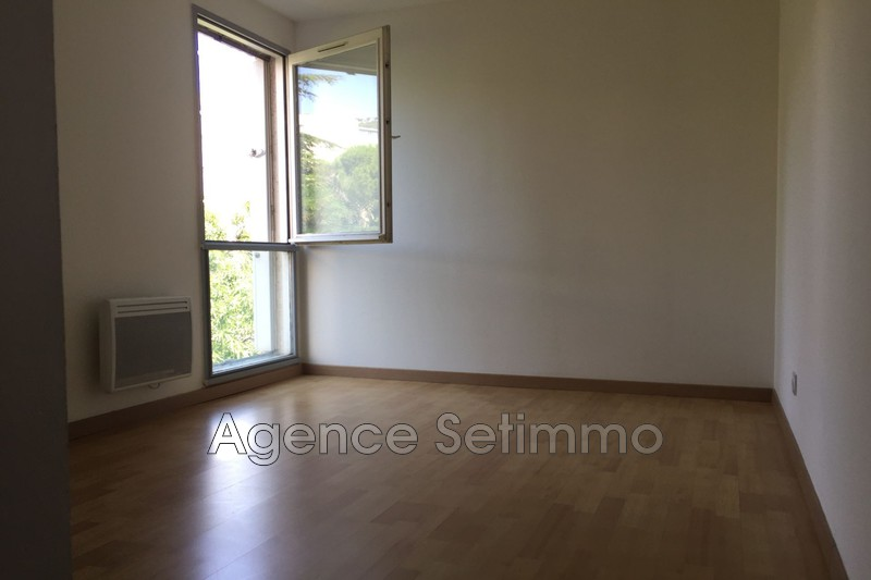 Photo n°5 - Location appartement Toulon 83200 - 740 €