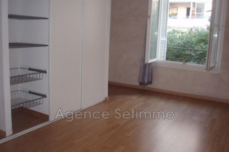 Photo n°4 - Location appartement Toulon 83000 - 638 €