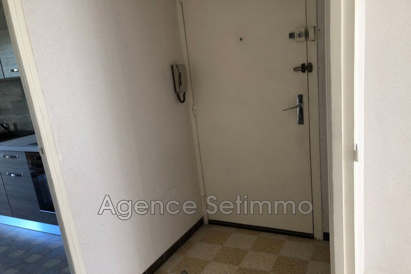 Photo n°11 - Location appartement Toulon 83200 - 750 €
