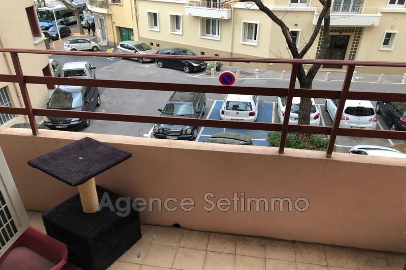 Photo n°2 - Vente appartement Toulon 83000 - 136 500 €