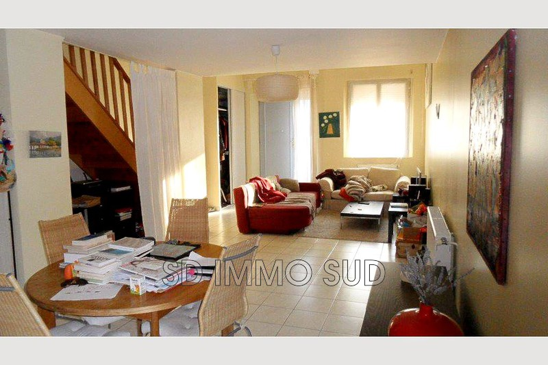 Photo n°1 - Location maison de village Le puy-sainte-réparade 13610 - 850 €