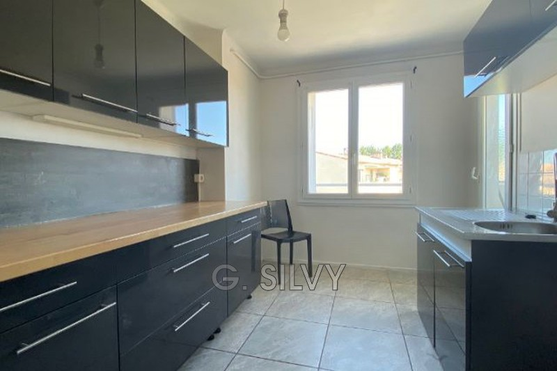 Photo n°2 - Location appartement Orange 84100 - 590 €