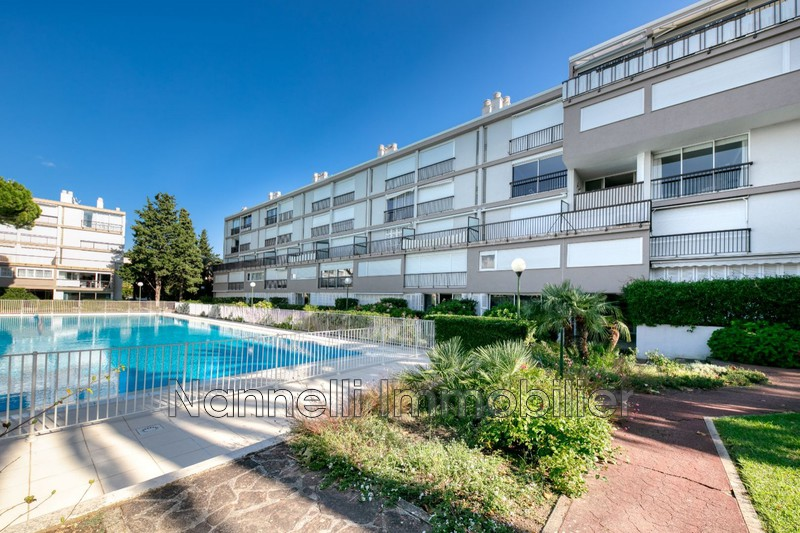 Photo n°1 - Vente appartement Saint-Tropez 83990 - 493 500 €