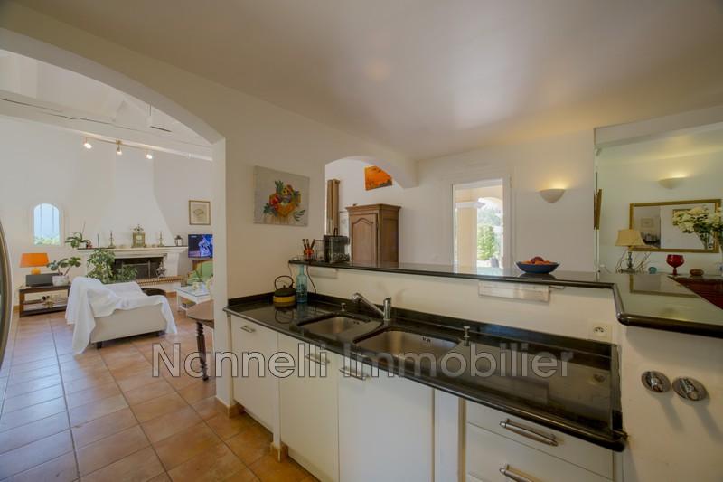 Photo n°6 - Vente maison contemporaine La Croix-Valmer 83420 - 1 190 000 €