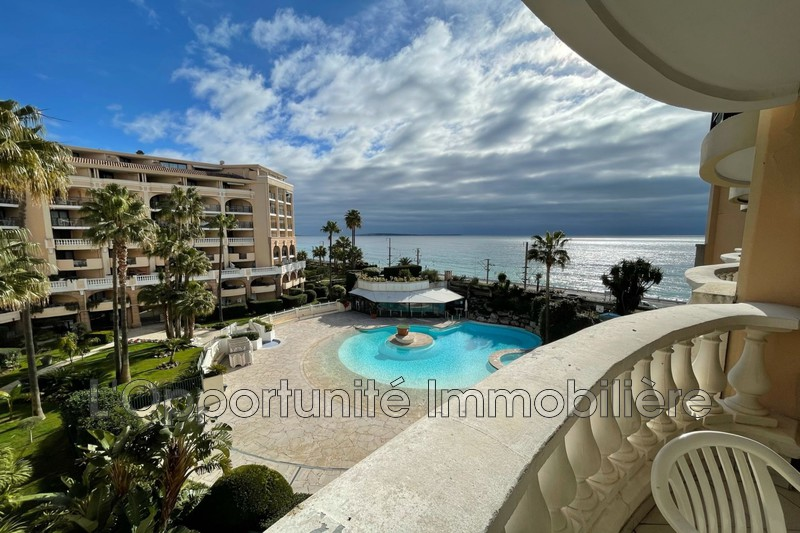 Photo Ideal investor Cannes-la-Bocca Bord de mer,   to buy ideal investor  2 room   26 m²