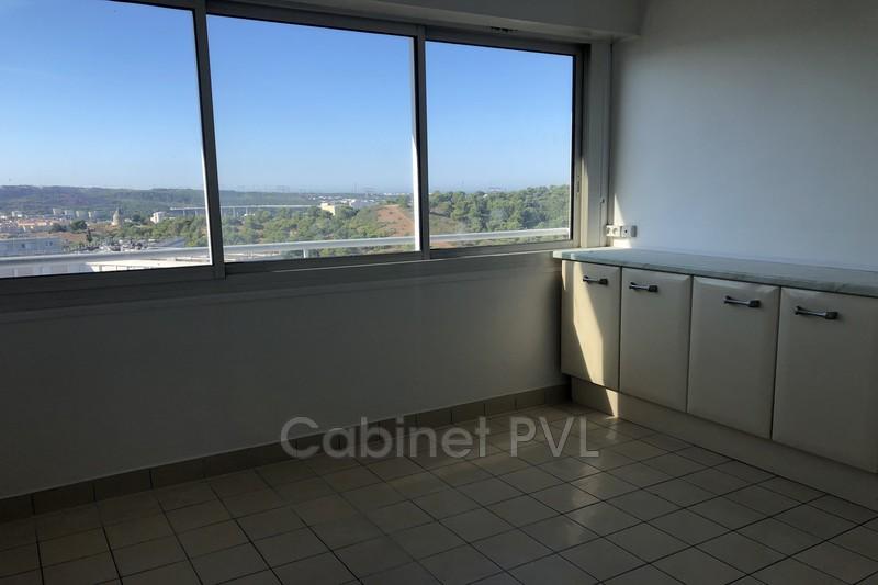 Photo n°1 - Location appartement Martigues 13500 - 990 €