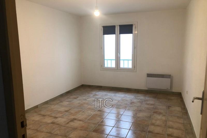 Photo n°3 - Location appartement Pourrières 83910 - 640 €