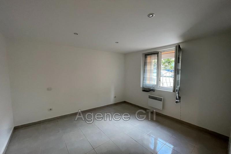 Photo n°4 - Location appartement La Crau 83260 - 710 €