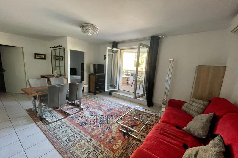 Photo n°2 - Location appartement Hyères 83400 - 750 €