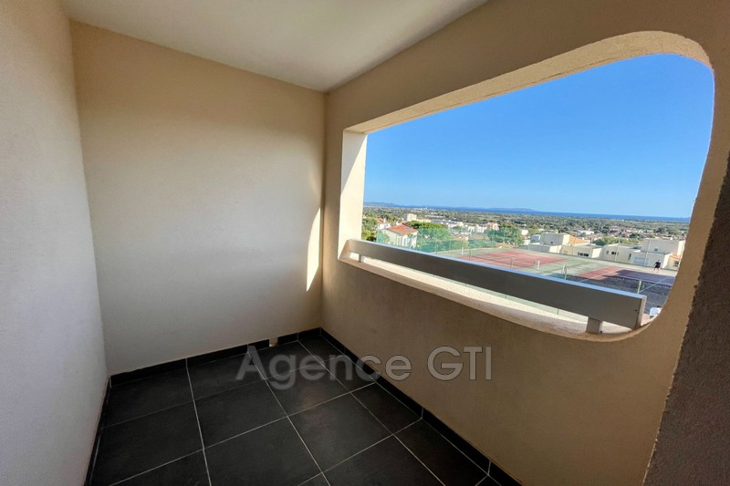 Photo n°3 - Location appartement Hyères 83400 - 571 €